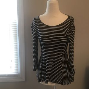 Black and white striped peplum top excellent cond